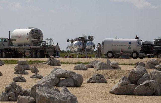 Le prototype d'atterrisseur lunaire de la Nasa baptisé Morpheus, à Cap Canavéral (Etats-Unis), le 10 août 2012.