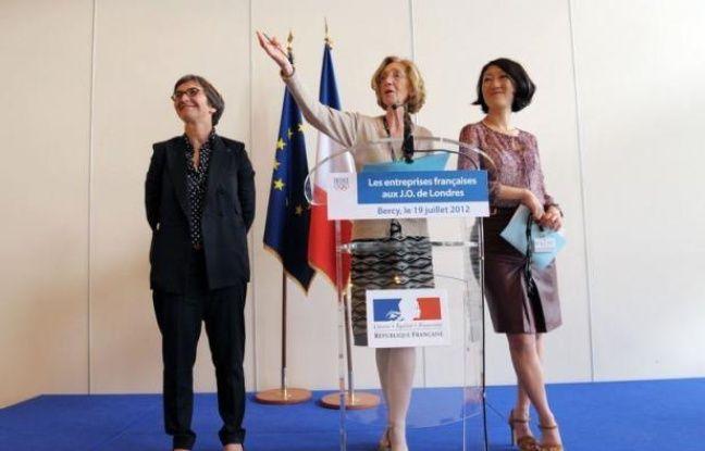 Le gouvernement a réuni jeudi une douzaine d'entreprises françaises qui ont décroché des contrats pour les Jeux olympiques de Londres, dont beaucoup représentent des niches très spécialisées et bénéficient ainsi d'une vitrine pour se développer à l'exportation.