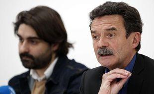Edwy Plenel, le cofondateur de Mediapart, accompagné du journaliste Fabrice Arfi, le 4 février 2019.