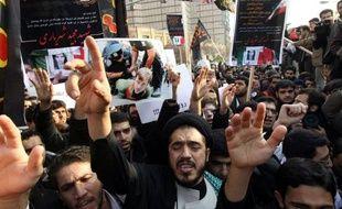 """L'attaque de locaux de l'ambassade britannique à Téhéran a suscité mardi de vives condamnations internationales, le Conseil de sécurité de l'ONU condamnant l'incident """"dans les termes les plus sévères"""" alors que Téhéran a exprimé ses """"regrets""""."""