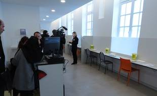 La salle d'injection comprendra douze box, certains individuels et d'autres collectifs.