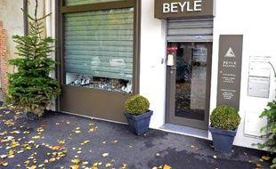 PLa gendarmerie a interpellé le complice présumé du braqueur abattu par un bijoutier de Sézanne (Marne) le 28 novembre dernier lors d'une tentative de braquage, a annoncé la gendarmerie jeudi dans un communiqué.