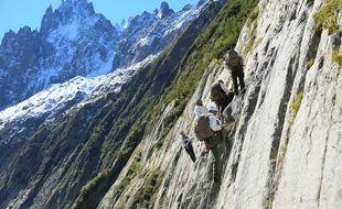 Les alpinistes pourront être fouillés cet été dans le massif du Mont-Blanc. Illustration.