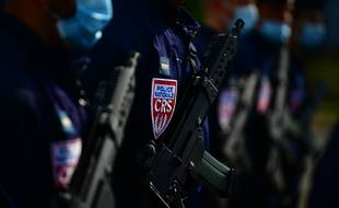 Des policiers d'une CRS le 11 septembre dernier