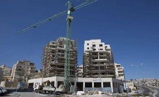 Israël va construire un millier de logements dans des colonies de Jérusalem-Est occupées et annexées, a indiqué mercredi soir à l'AFP l'observatoire anticolonisation Terrestrial Jerusalem.