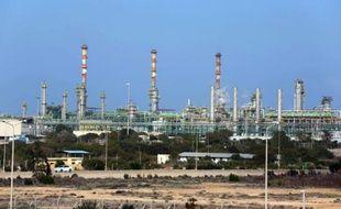 Vue générale sur le terminal pétrolier et gazier de Mellitah, dans la banlieue de Zwara, dans l'ouest de la Libye, le 6 janvier 2015