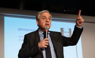 Le sénateur Les Républicains Roger Karoutchi, le 11 octobre 2018 à Clamart.