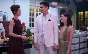 Michelle Yeoh, Henry Golding et Constance Wu dans Crazy Rich Asians de Jon M. Chu