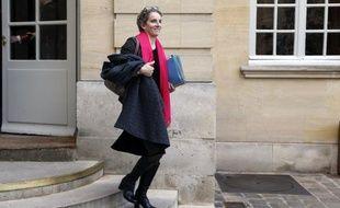 """""""Envisager l'inenvisageable"""": c'est sur ce """"concept"""" que la France va entamer des travaux dans """"les prochaines années"""" sur ses centrales nucléaires pour en garantir la sécurité, a déclaré lundi la ministre de l'Ecologie et de l'Energie, Delphine Batho."""
