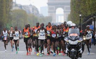 Le Kényan Peter Some a déjoué les pronostics en remportant dimanche la 37e édition du marathon de Paris en 2 heures 05 minutes et 38 sec, un chrono synonyme de record personnel amélioré de près de 3 minutes, sous le ciel clément de la capitale.