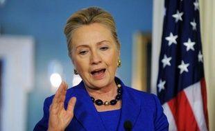 La secrétaire d'Etat américaine Hillary Clinton est arrivée lundi matin à Alger pour discuter avec le président algérien Abdelaziz Bouteflika du nord du Mali voisin, aux mains d'islamistes radicaux dont Al-Qaïda au Maghreb islamique (Aqmi).