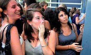 Résultats du «Bac 2010» dans un lycée de Toulouse, 7 juillet 2007.