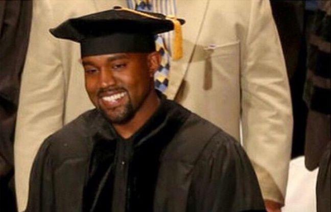 Kanye West diplômé