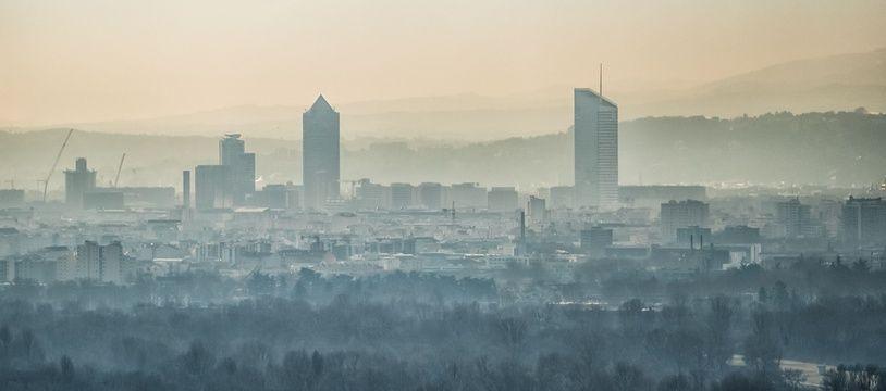 Lors d'un pic de pollution à Lyon. Illustration