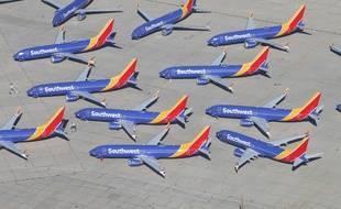 Une trentaine d'avions 737 MAX cloués au sol à l'aéroport de Victorville en Californie.