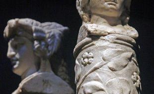 Cette statue en marbre représente le dieu Hermès, celle-ci a été retrouvée en Italie, à Pompéi.