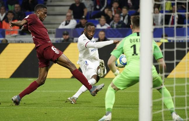 Metz-Lyon EN DIRECT : Première pour la pépite Guimaraes, l'OL prend son temps... suivez le match avec nous...