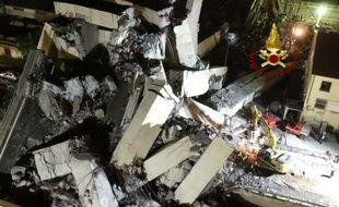 Les recherches se poursuivent à Gênes après l'effondrement du pont autoroutier