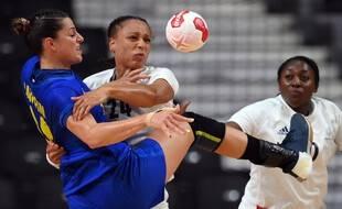 Béatrice Edwige et les Bleues affrontent les Pays-Bas en quart de finale des Jeux ce mercredi.