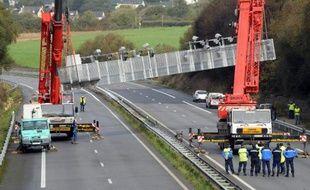 Si l'écotaxe suscite la colère en Bretagne, sa suspension irrite en Alsace: les élus de la région, de droite comme de gauche, réclament cette taxe depuis plusieurs années pour soulager les routes des camions qui cherchent à éviter l'Allemagne.