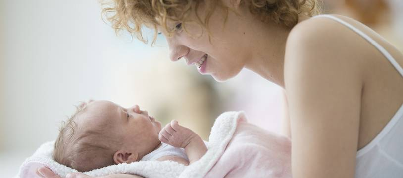 La venue au monde d'un nourrisson implique certaines démarches administratives à effectuer rapidement.