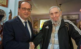 François Hollande et Fidel Castro lors de leur rencontre à La Havane, le 11 mai 2015.