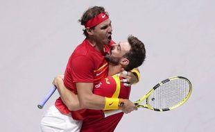 Rafael Nadal et Marcel Granollers ont gagné le double décisif contre l'Argentine en quarts de finale de la Coupe Davis, le 22 novembre 2019 à Madrid.