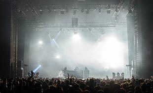 Dima lors de son set au festival Marsatac à Marseille.