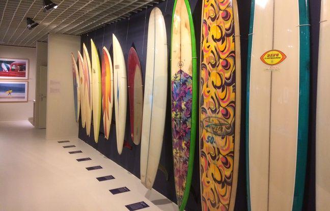 Les planches sont devenues de plus en plus petites au fur et à mesure de l'histoire du surf.