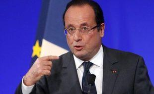 """Le président François Hollande a annoncé mardi à Paris un 3e Plan cancer sur quatre ans (2014-2018) axé sur la lutte contre les inégalités face à la maladie et préparer la France """"aux nouveaux enjeux liés aux progrès médicaux""""."""
