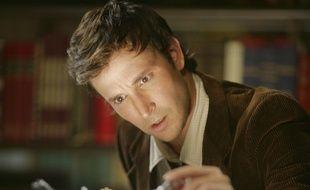 Noah Wyle a échangé la blouse blanche de «Urgences» pour la veste d'aventurier dans «Flynn Carson» sur Syfy
