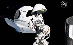 Arrimage entre la capsule Crew Dragon de Space X et l'ISS, qui a eu lieu en mars 2019