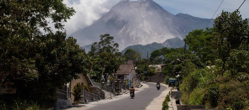 Le volcan Merapi, en Indonésie, est l'un des plus actifs au monde.