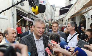 Olivier Falorni a déclenché une cohue lors de sa conférence à La Rochelle le 24 août 2012.