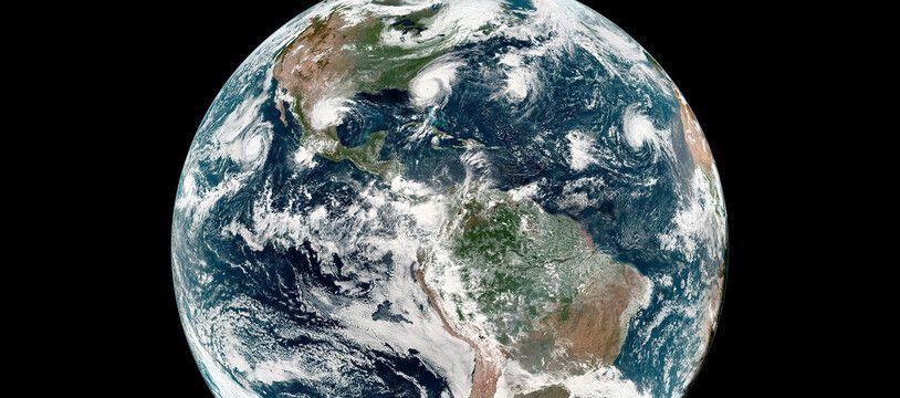 La Terre vue depuis l'espace (illustration).