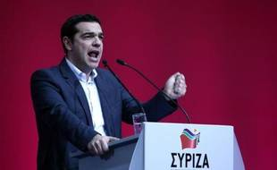 Alexis Tsipras, le leader du parti grec de gauche anti-austérité Syriza, s'exprime lors d'un congrès de son parti, le 3 janvier 2015 à Athènes