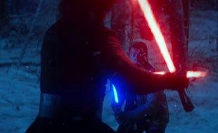 Capture vidéo de la dernière bande-annonce de «Star Wars: Le Réveil de la Force».