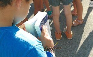 Plus de 73 000 écoliers fréquentent les 445 écoles publiques de la ville.