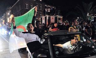Des supporters à Lille le 26 juin 2014, après la qualification de l'Algérie pour les huitièmes de finale de la Coupe du monde.