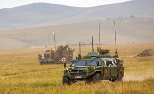Des véhicules militaires russes en Sibérie, lors de la série d'exercices Vostok 2018 (images fournies par le ministère de la Défense russe).