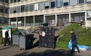 Le personnel de Rennes 2 va procéder ce lundi au nettoyage des bâtiments avant les examens qui doivent normalement se tenir jeudi.