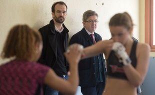 Jean-Luc Mélenchon en visite dans un club de boxe des quartiers nord de Marseille.