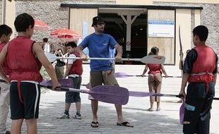 Les emplois dans la restauration et le tourisme embauchent fortement en été.