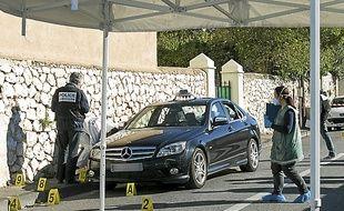 Le taxi où est morte la victime.
