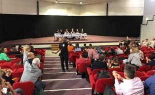 Mardi 10 septembre 2019, le collectif Inter-Urgences organisait son AG pour voir comment poursuivre son mouvement de grève dans les urgences.