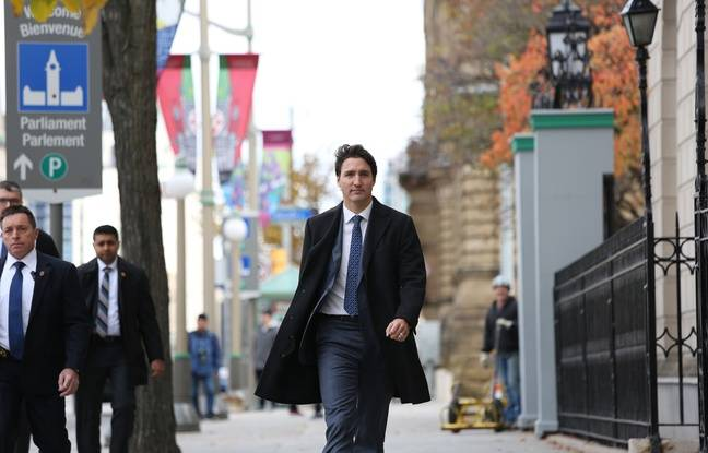 Canada: Minoritaire, Trudeau exclut de former un gouvernement de coalition