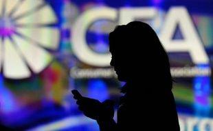 Près de 70% des femmes françaises jugent que créer une entreprise est plus épanouissant que le salariat et 18%, soit cinq millions, prévoient ou sont en train de créer ou reprendre une société, selon un sondage réalisé par Opinionway à l'occasion du Salon des entrepreneurs.