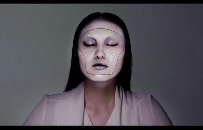 Un artiste japonais se sert du visage comme d'une toile numérique