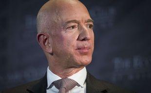 Le patron d'Amazon, Jeff Bezos, est l'homme le plus riche du monde.