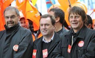 Les Français sont appelés à descendre samedi dans la rue pour la huitième fois en deux mois contre la réforme des retraites, mais après le vote de la loi, les syndicats s'interrogent sur l'ampleur de cette mobilisation, certains, CFDT en tête, préparant à tourner la page du conflit.